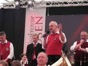 Bezirksmusikfest Umzug & Zelt_10