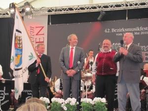 Bezirksmusikfest Umzug & Zelt_3